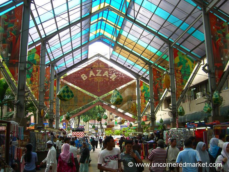 Shopping at the Bazar - Kuala Lumpur, Malaysia