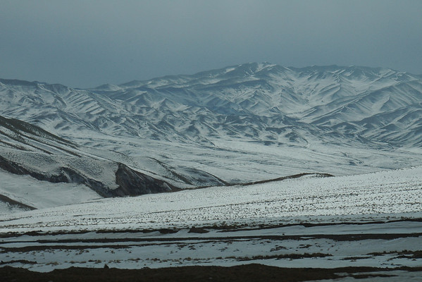 Crossing Torugart Pass from Kyrgyzstan to China