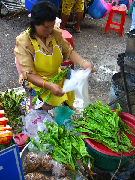 A Woman and her Peas - Ranong, Thailand