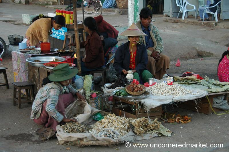 Vendors at Kalaw Market, Burma