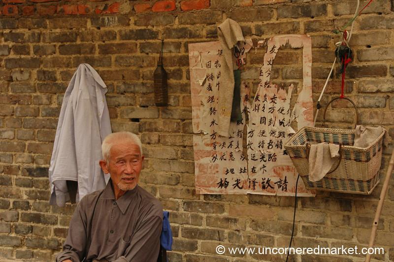 Chinese Street Barber - Guizhou Province, China