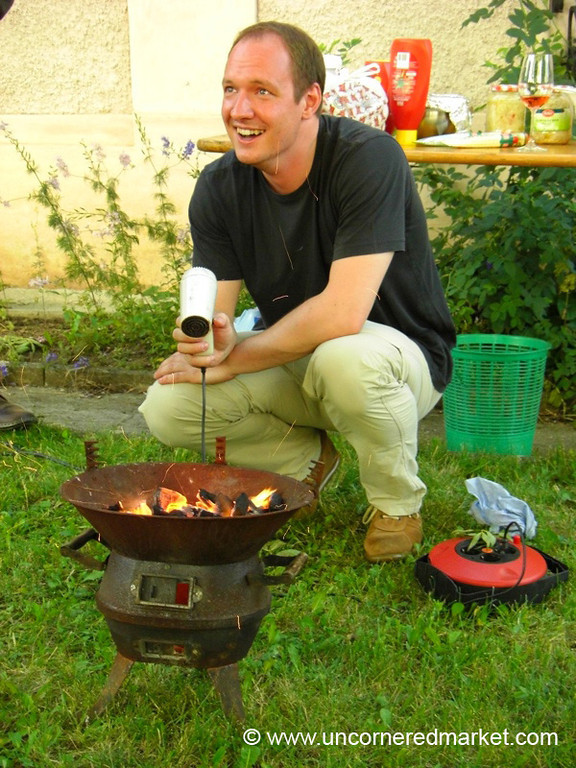 Barbecuing with Hair Dryer - Pulkau, Austria