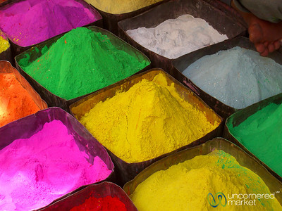 Colorings at the Market in Bikaner, India
