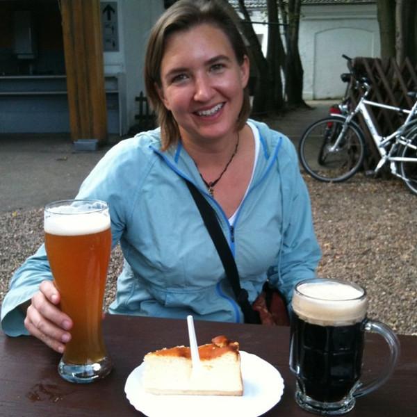 Saturday afternoon at beer garden in Treptower Park with cheesecake & dark beer. Surprisingly good. #berlin