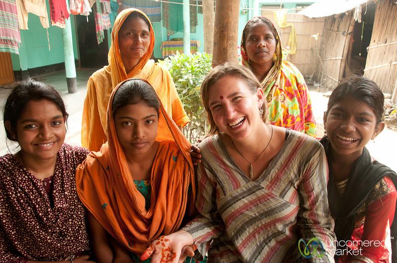 Audrey with Women of Family - Hatiandha, Bangladesh