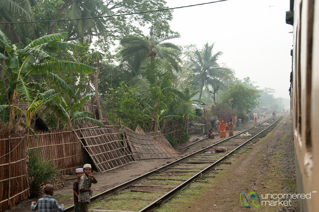 Train Ride from Khulna to Rajshahi - Bangladesh