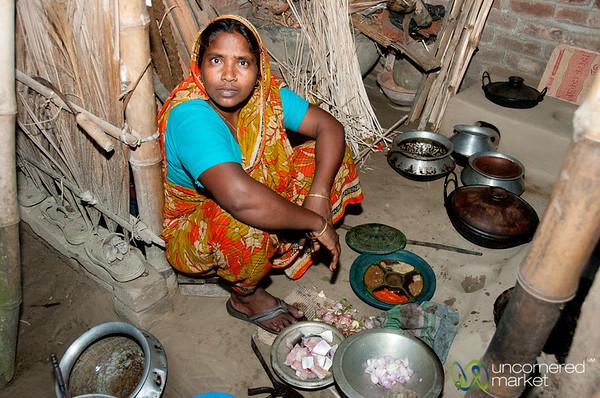 Inside a Traditional Bangladeshi Kitchen - Hatiandha, Bangladesh