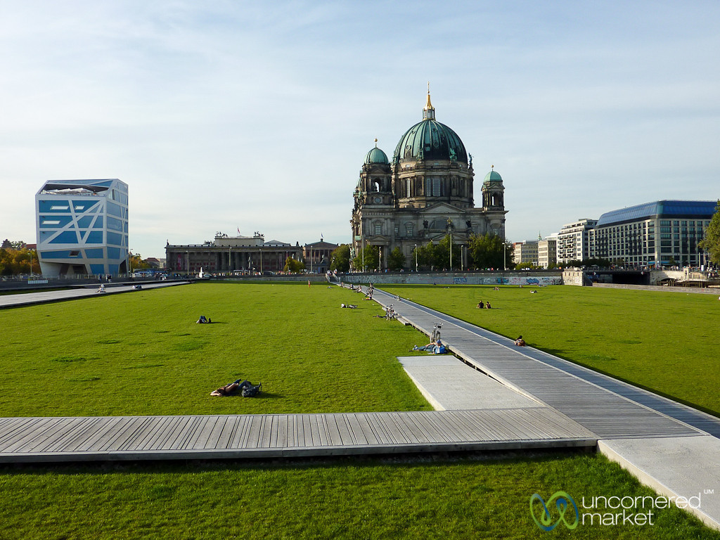 Berliner Dom and Humbolt Box - Berlin, Germany