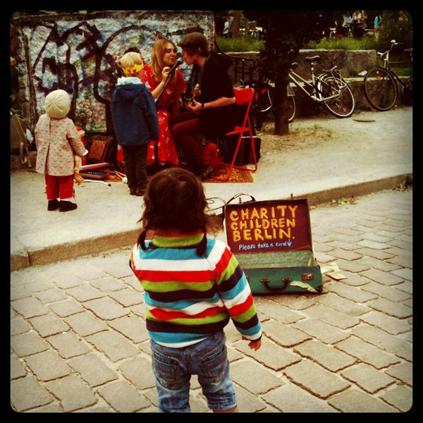 Street music popular with the kids. Maybe it's the ukelele? Mauerpark, #berlin