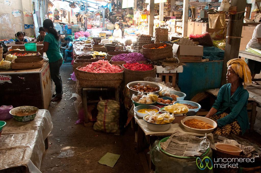 Market Scene in Bali