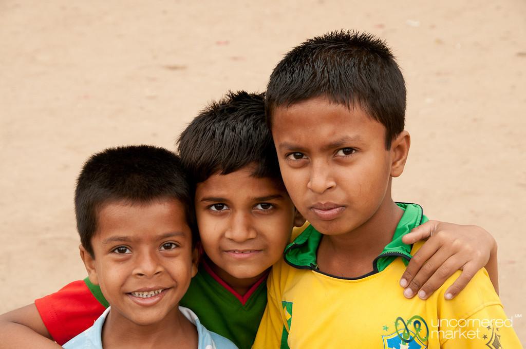Kids at Lalbagh Fort - Dhaka, Bangladesh