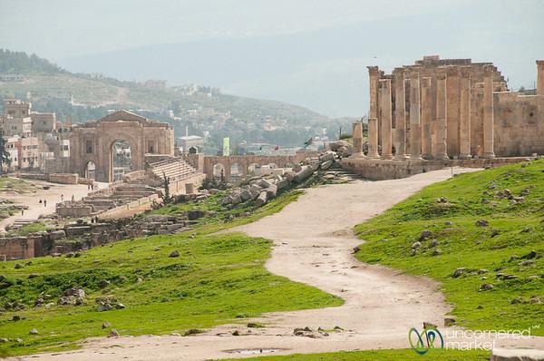 Walking Through Roman City of Jerash - Jordan
