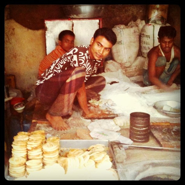 Baking biscuits on the streets of old Dhaka - Bangladesh