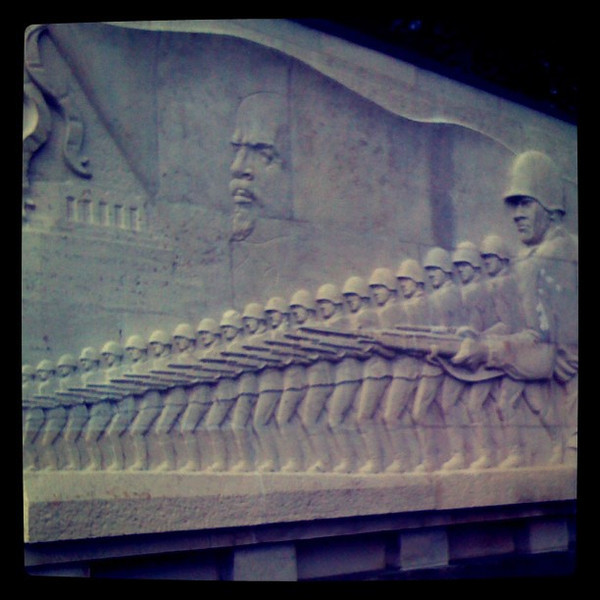 Lenin & troops at Soviet war memorial in Treptower Park. #Berlin