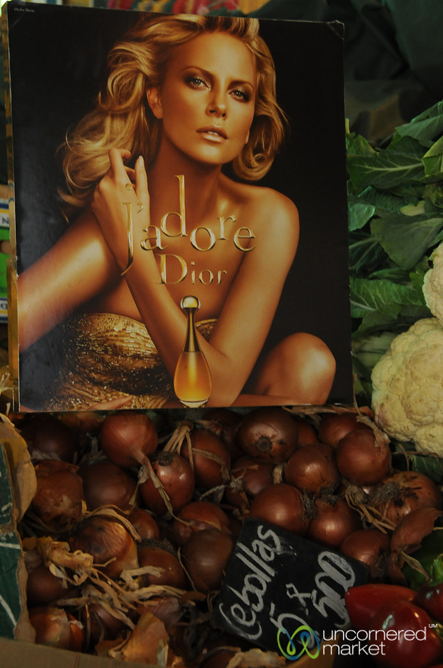 Charlize Theron Selling Onions? La Vega Market in Santiago, Chile