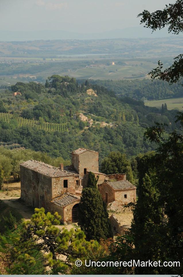 Medieval Tuscan Farmhouse - Montepulciano, Italy