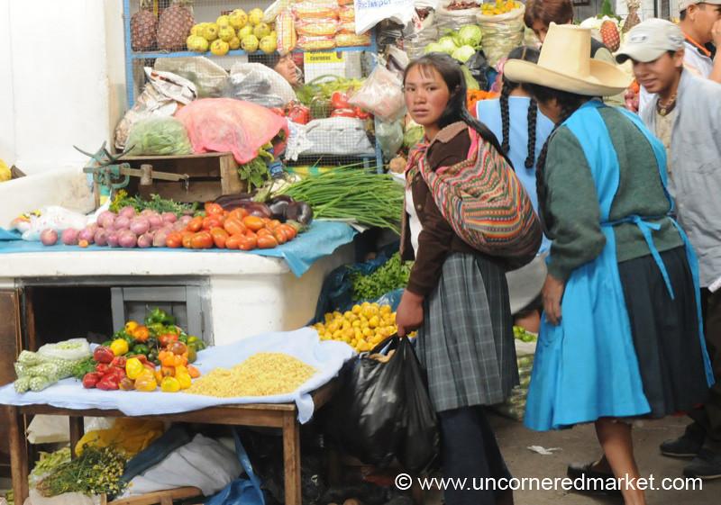 Market Movement - Cajamarca, Peru