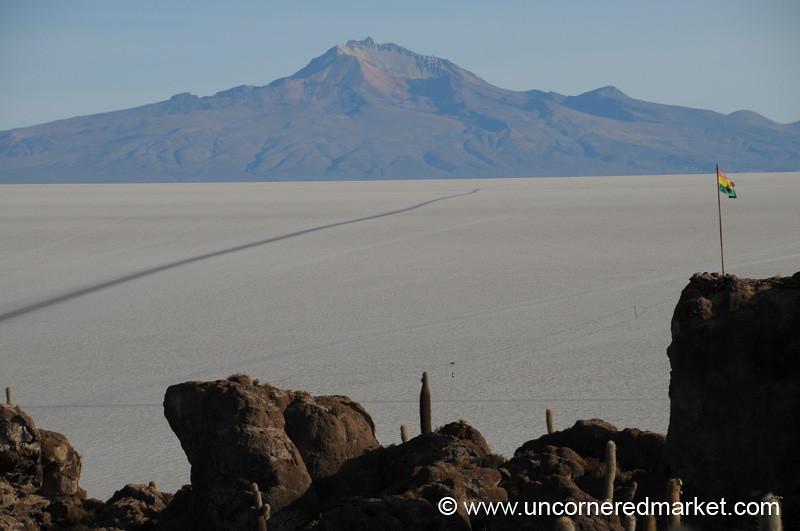 Bolivian Horizon - Salar de Uyuni
