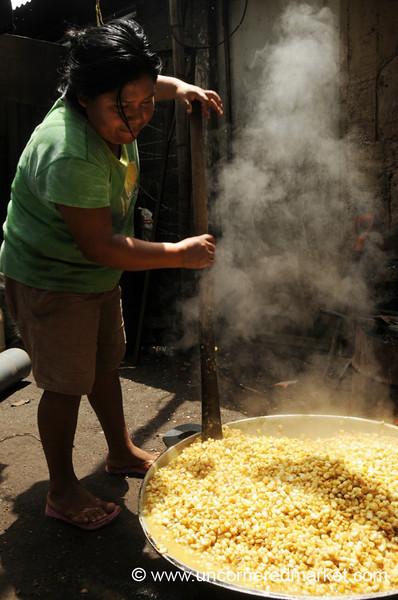 Even Cooking - Masaya, Nicaragua