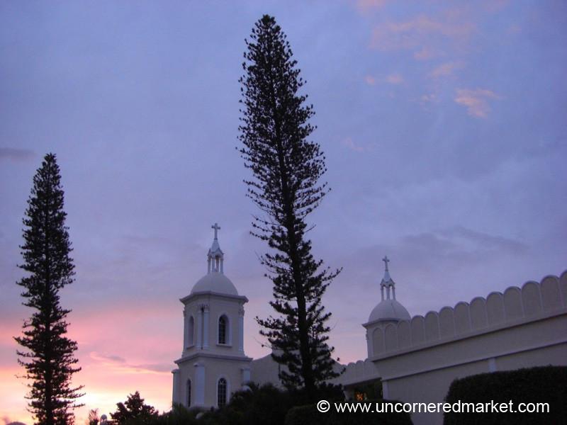 Esteli, Nicaragua: Cathedral at Dusk