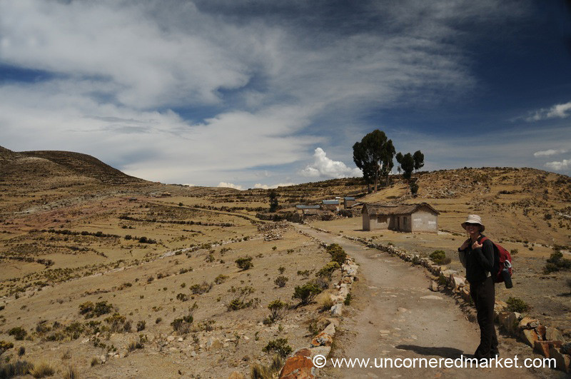 Hiking on Isla del Sol - Lake Titicaca, Bolivia