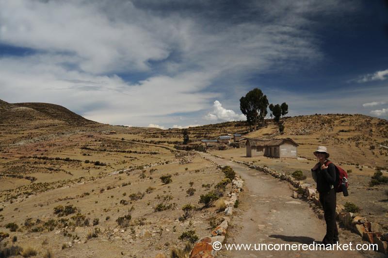 Hiking on Isla del Sol - Lake Titicaca, Bolivia