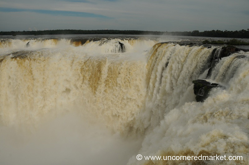 Devil's Throat?  Water Vortex -Iguazu Falls, Argentina