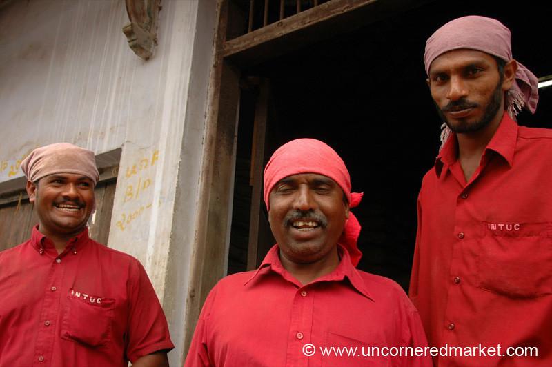 Unloaders - Kollam, India