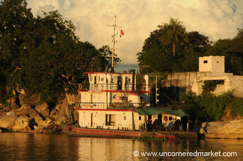 Life on the River - Concepcion to Vallemi, Paraguay