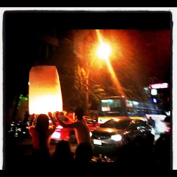 Bangkok - Yi Peng lanterns in the streets