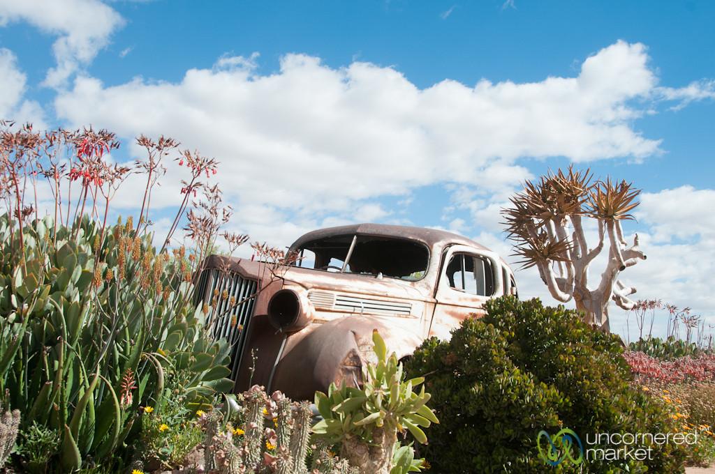 Old Car, Cañon Roadhouse - Namibia
