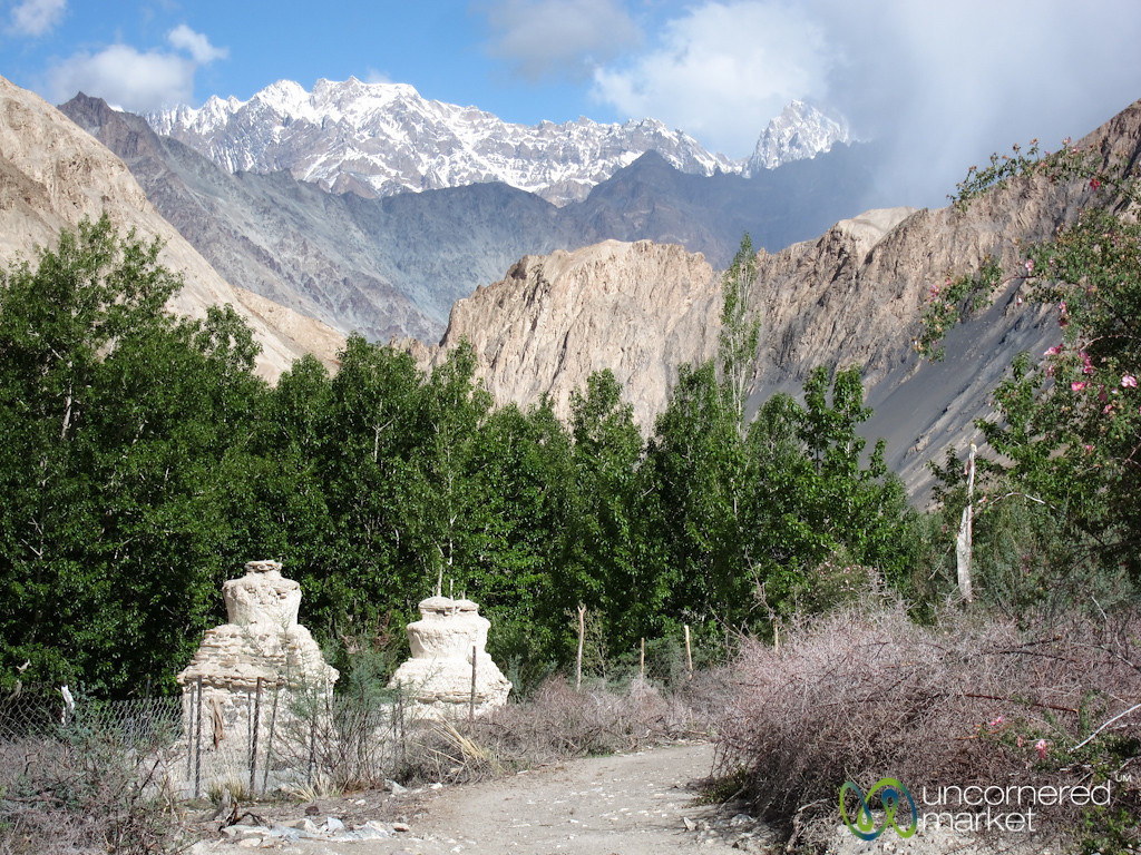 Chortens and Mountains - Markha Valley Trek, Ladakh