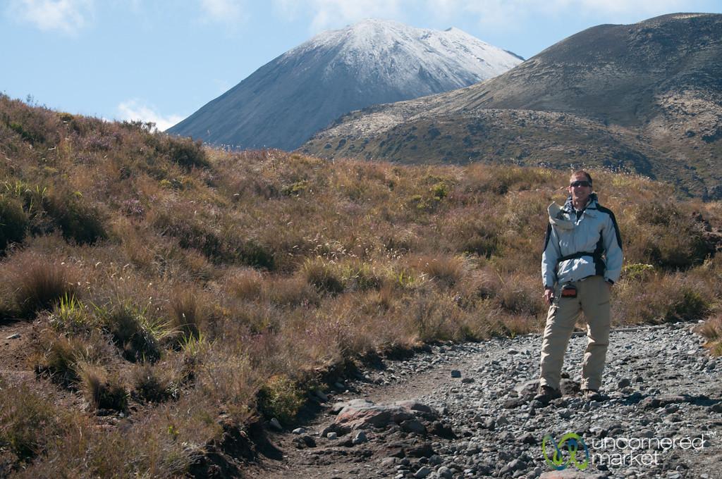 Dan Hiking Tongariro Crossing - New Zealand