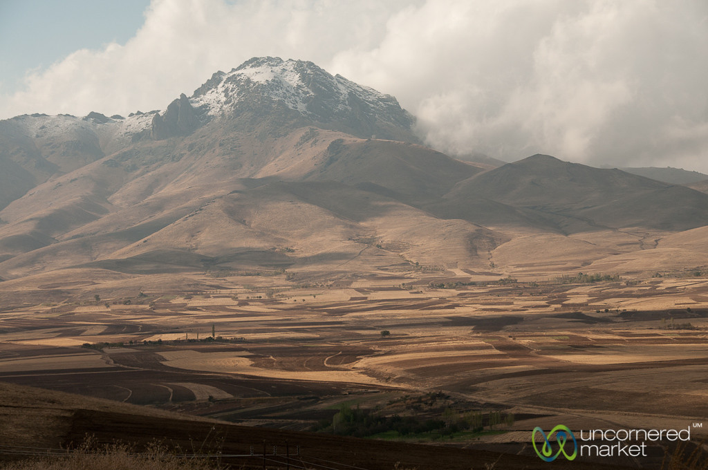 Iranian Mountain Views - Hamadan to Kermanshah, Iran