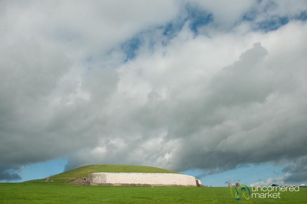 Newgrange Ancient Burial Site - Ireland