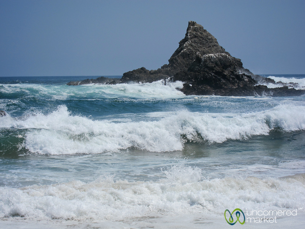 Layers of Waves at Mazunte beach, Mexico