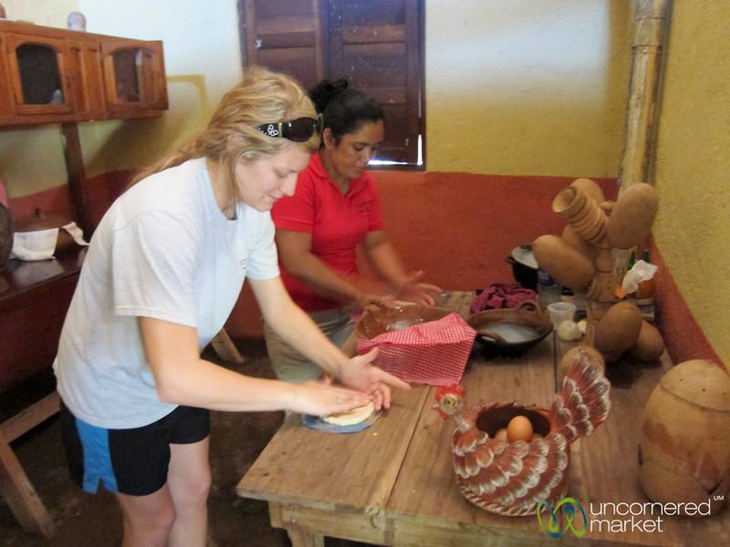 Nicaraguan Tortillas, Hands-On Class - Morgan's Rock, Nicaragua