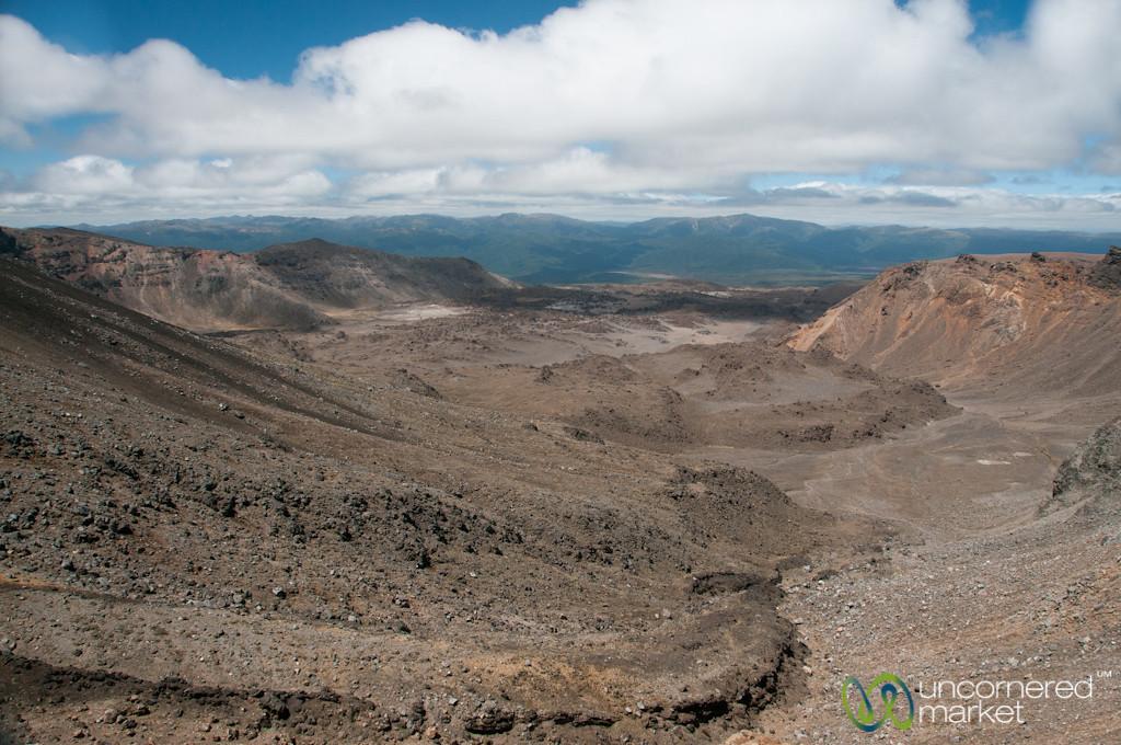 Tongariro Crossing Trek - New Zealand