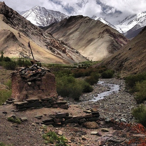 Himalayan texture: no shortage of cairns, chortens,      moss and mountains. Markha Valley, #Ladakh #India