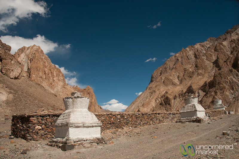 Chortens and Mani Walls - Markha Valley Trek, Ladakh
