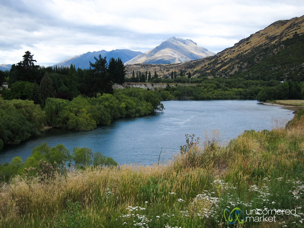 Mountains and Landscapes Near Queenstown, New Zealand