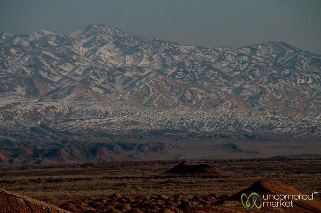 Iranian Mountains Near Abyaneh