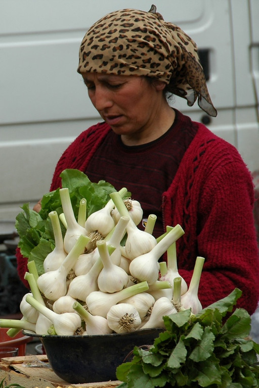 Fresh Garlic at Telavi Market - Kakheti, Georgia