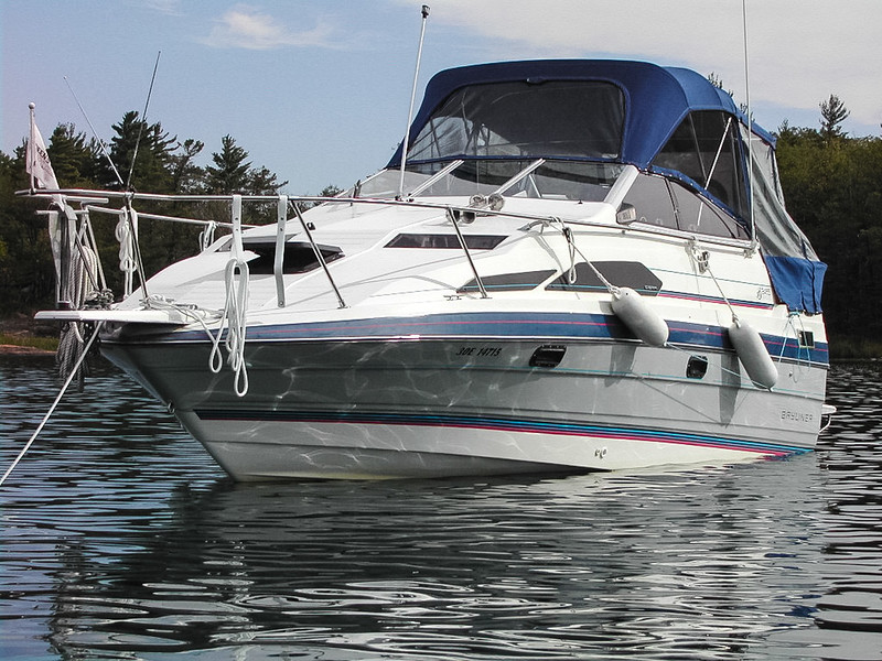 This boat sported a big 300 hp V8 and could get around 4-5 times quicker than the sailboat, but it sure could guzzle gas!
