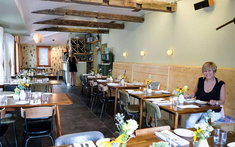 """The restaurant is a bit """"spartan"""" but is a fresh """"country"""" design.  Well rated for its food. It is under new 2018 ownership which is now independent of the long time family who still own the accommodation and land. We had an """"early"""" meal. Room filled up by the time we left."""