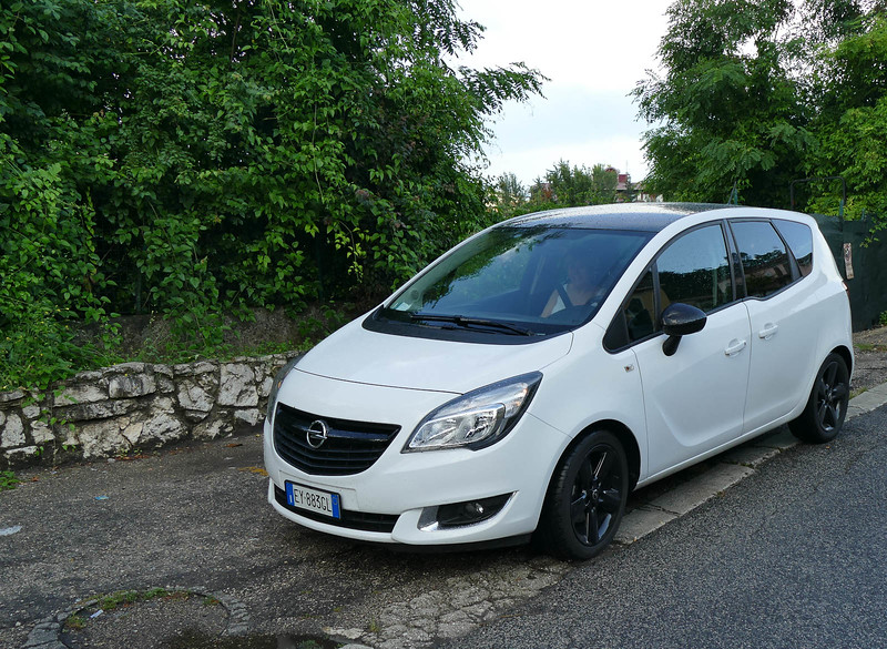 Our nifty Opel Meriva (German) car - very comfortable and zippy!