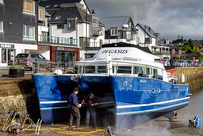 Pegasus - KInsale Harbor, Ireland - 2016 Christopher Buff, www.Aviationbuff.com