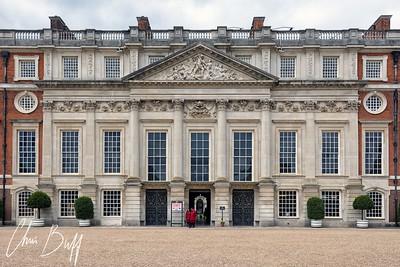 Hampton Court Palace - Christopher Buff, www.Aviationbuff.com