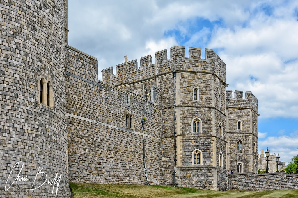 Windsor Castle Wall - Christopher Buff, www.Aviationbuff.com