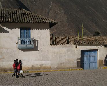 Street scene. Ollantaytanbo, Peru.